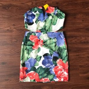 New forever 21 floral cut out dress